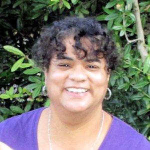 Vicky Ola - Artist & Psychologist